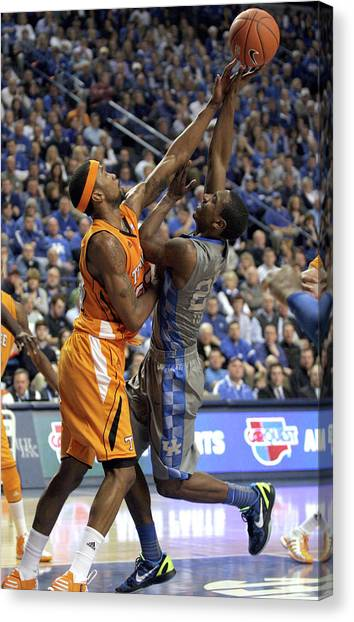 University Of Kentucky Canvas Print - Uk V Ut - 7 by Mark Boxley