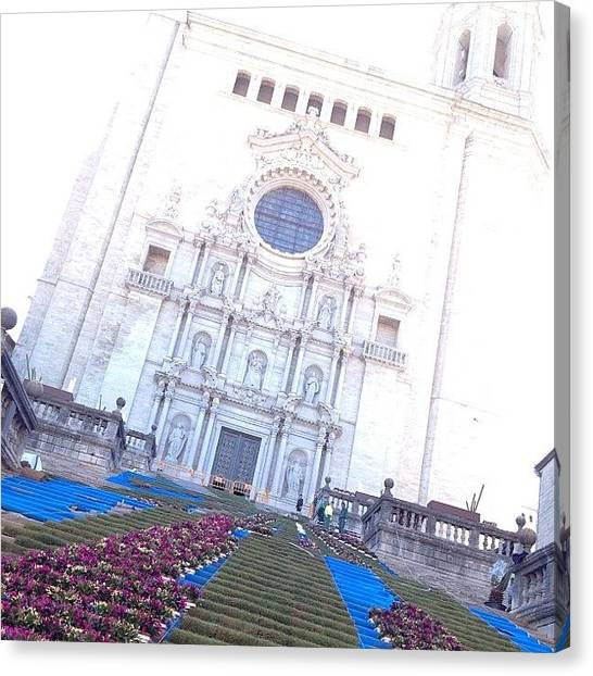 Temples Canvas Print - Ultimando #tempsdeflors.. :-o by Francesc Grau
