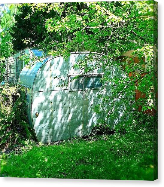 Seattle Canvas Print - Urban Camper by T Catonpremise