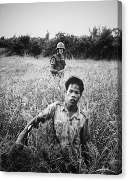 why the vietnam war war an unsuccessful effort by the united states against communism Why did the us lose the vietnam war had the united states continued to prop up south vietnamese government with military forces, it is conceivable that the entity could have continued into the 1980s, thus bringing it closer to when the soviet union collapsed and most communist nations in.