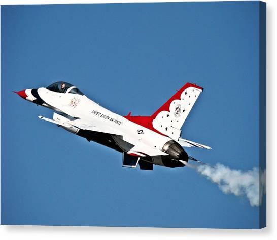 Usaf Thunderbird F-16 Canvas Print