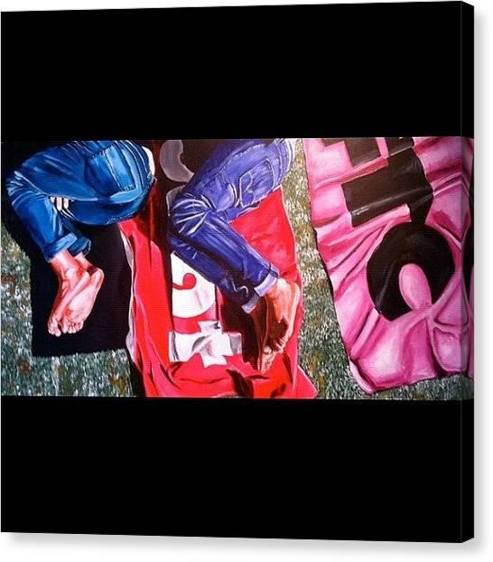 War Canvas Print - Vacaciones Serie Pies-feet-pieds #art by Art War
