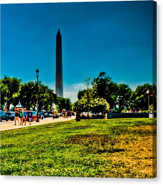 Smithsonian Museum Canvas Print - Washington Monument by David Hahn