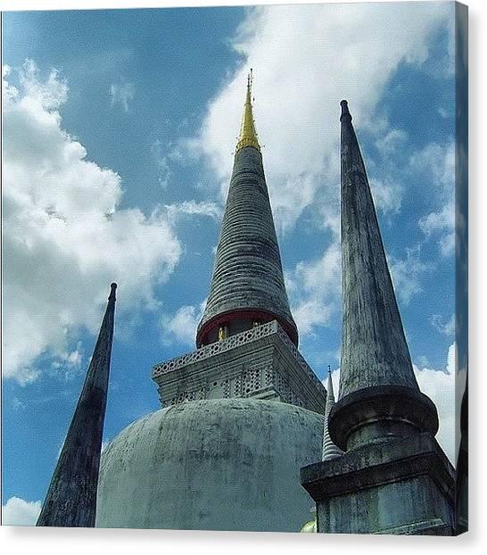 Temples Canvas Print - Wat Prasrimahatad by Noppakorn Padungsak