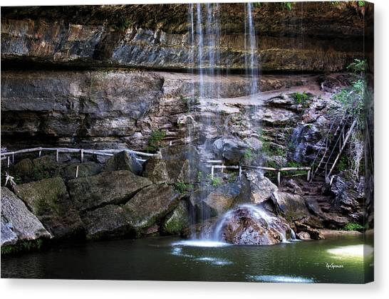 Water Flow Over A Rock At Hamilton Pool Canvas Print