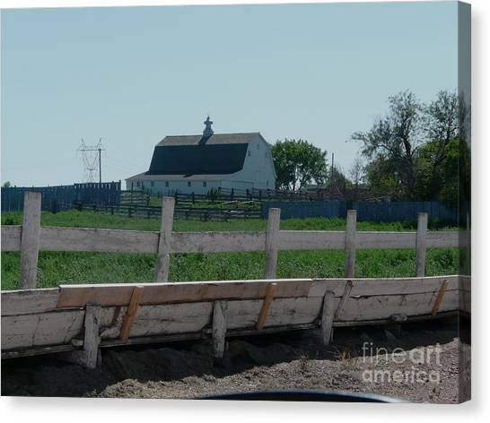 White Hiproof Barn  Canvas Print by Bobbylee Farrier
