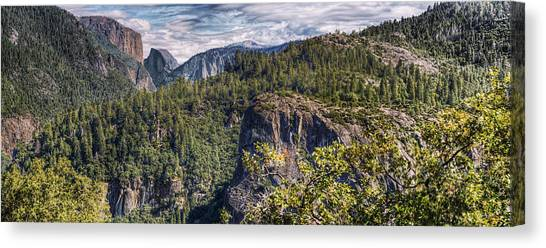 Yosemite Valley Canvas Print by Stephen Campbell