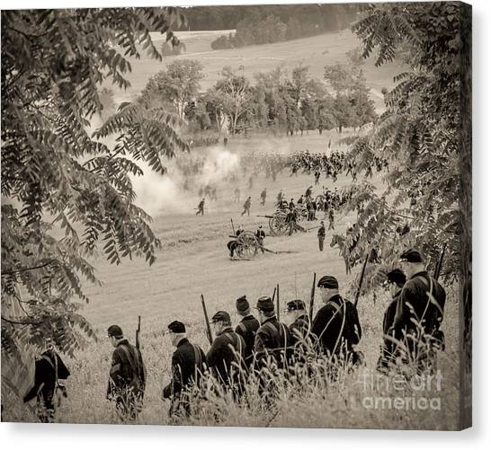 Gettysburg Union Artillery And Infantry 7465s Canvas Print