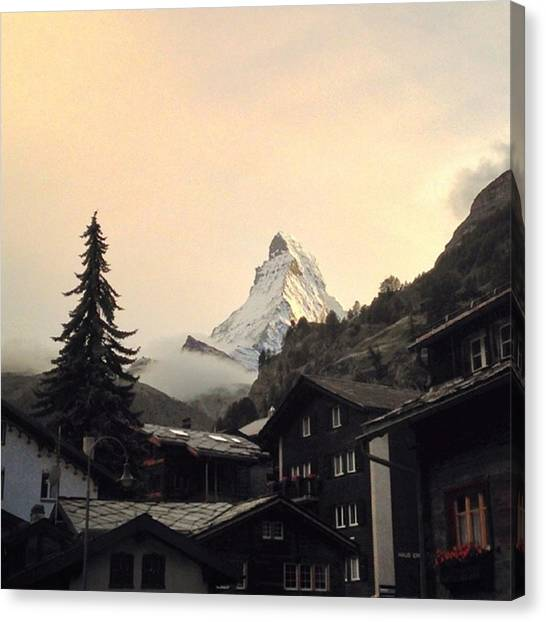 Matterhorn Canvas Print - | Matterhorn Sunset |  Had A by Gareth Mate