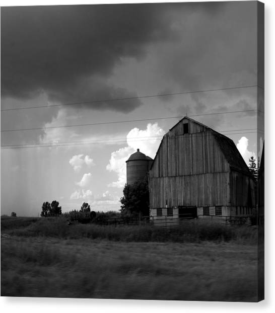 Barns Canvas Print - 08016 by Jeffrey Freund