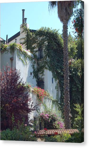 A Home In Rehavia 1 Canvas Print by Susan Heller