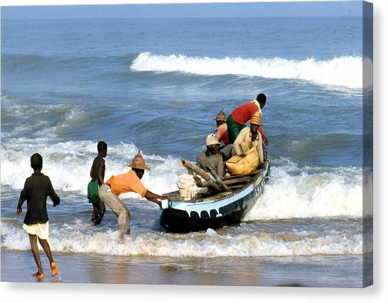 African Fishermen 1971 Canvas Print by Erik Falkensteen