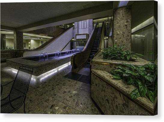 Cornell University Canvas Print - Atrium - Syracuse Ny by Everet Regal