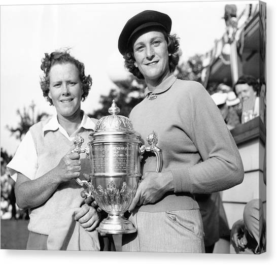 Golf Canvas Print - Patty Berg And Babe Didrikson by Underwood Archives