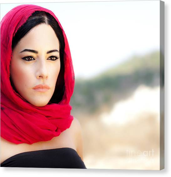 Beautiful Arabic Woman Canvas Print