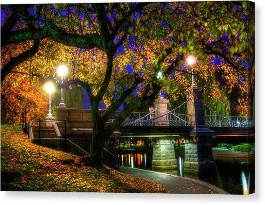 Boston Public Garden Lagoon Bridge In Autumn Canvas Print
