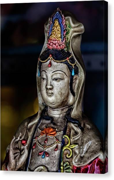 Chinese Statuette  Canvas Print by Robert Ullmann