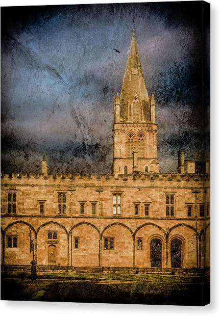 Canvas Print featuring the photograph Oxford, England - Christ Church College by Mark Forte