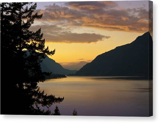Columbia River Sunset Canvas Print