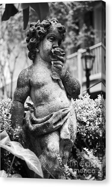 Courtyard Statue Of A Cherub French Quarter New Orleans Black And White Canvas Print