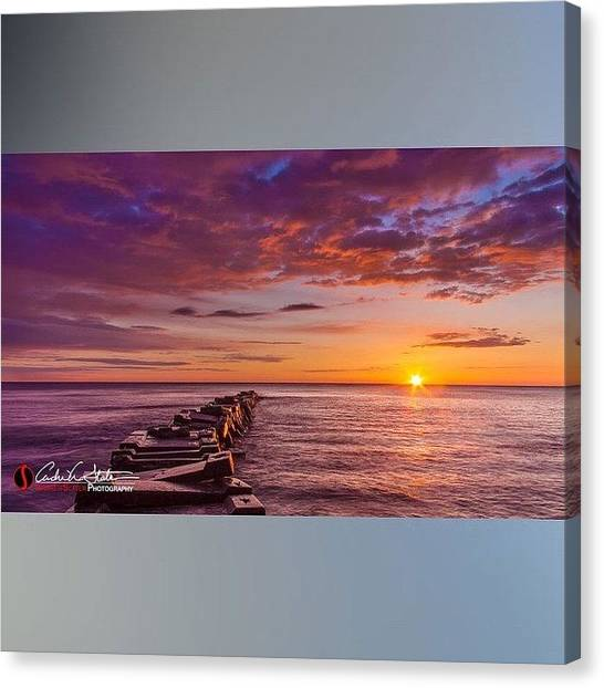 Sunrise Horizon Canvas Print - Early Atwater by Andrew Slater