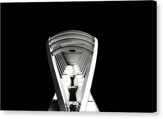 Emirates Spinnaker Tower Canvas Print by Angela Aird