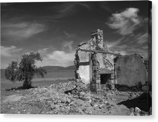 Farmhouse Cottage Ruin Flinders Ranges South Australia Canvas Print by PIXELS  XPOSED Ralph A Ledergerber Photography