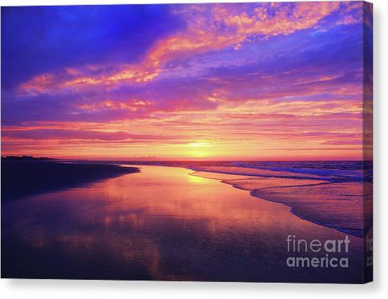 First Light At The Beach Canvas Print