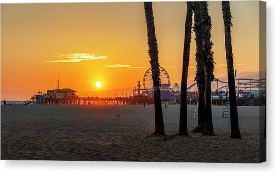 Golden Glow At Sunset Canvas Print