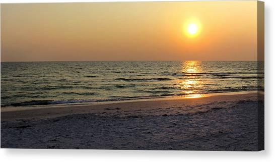 Golden Setting Sun Canvas Print
