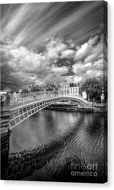 Halfpenny Bridge Canvas Print