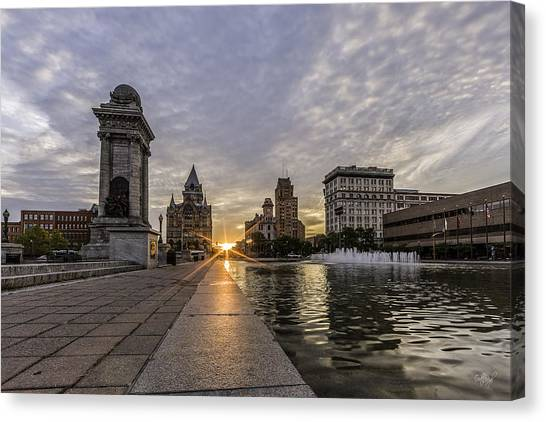 City Sunrises Canvas Print - Heart Of The City by Everet Regal