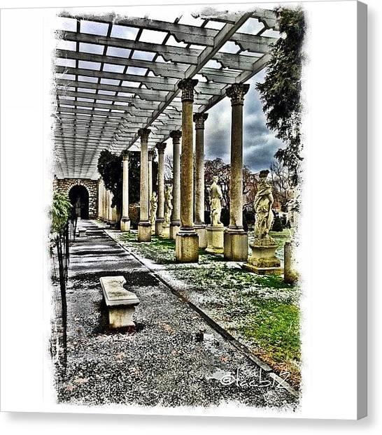 Roman Art Canvas Print - Italian Garden At Delbarton School by Luis Alberto