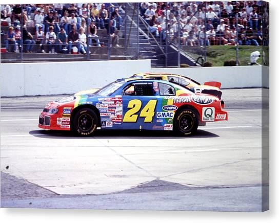 Hendrick Motorsports Canvas Print - Jeff Gordon # 24 Dupont Chevrolet At Martinsville by David Bryant