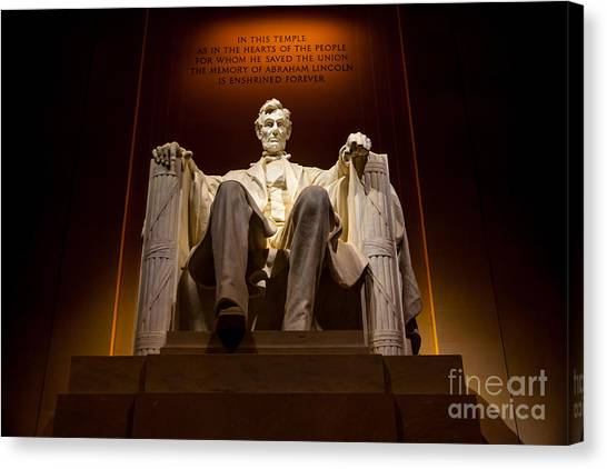 Lincoln Memorial Canvas Print - Lincoln Memorial At Night - Washington D.c. by Gary Whitton