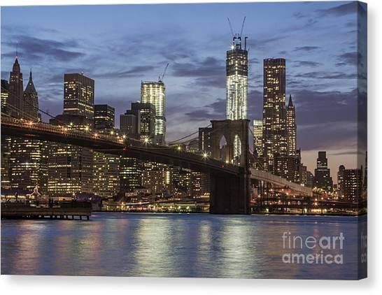 Canvas Print featuring the photograph Manhattan Skyline New York by Juergen Held