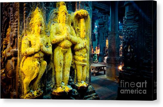 Meenakshi Temple Madurai India Canvas Print