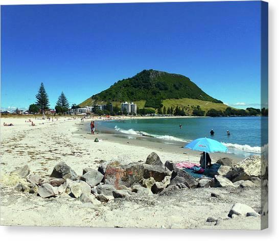Mount Maunganui Beach 1 - Tauranga New Zealand Canvas Print