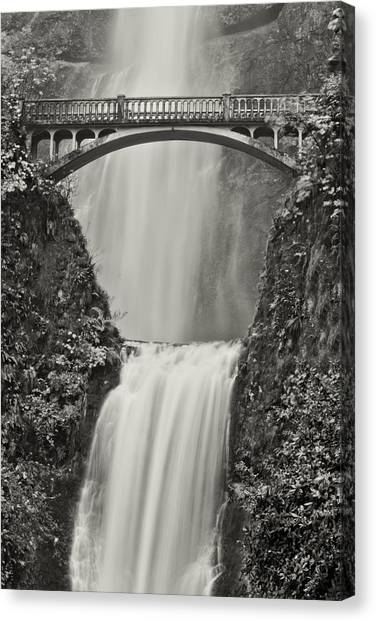 Multnomah Falls Upclose Canvas Print