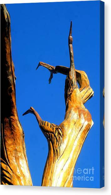 New Orleans Bird Tree Sculpture In Louisiana Canvas Print