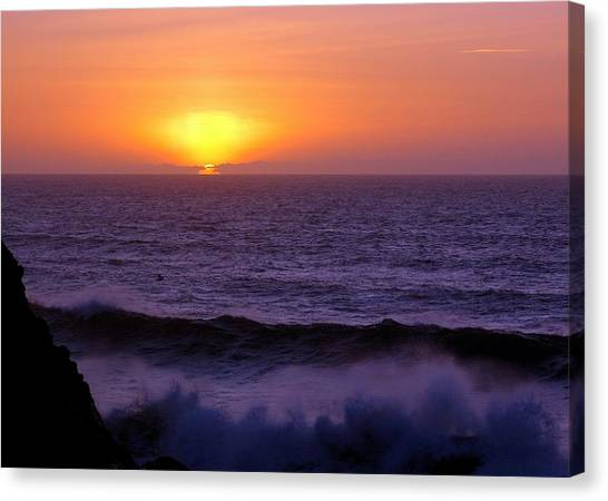 Oregon Sunset Canvas Print by Scott Gould