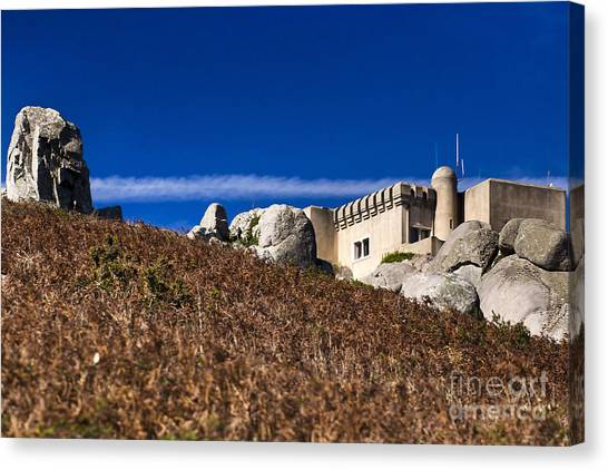 Peninha In Sintra Natural Park Canvas Print by Andre Goncalves