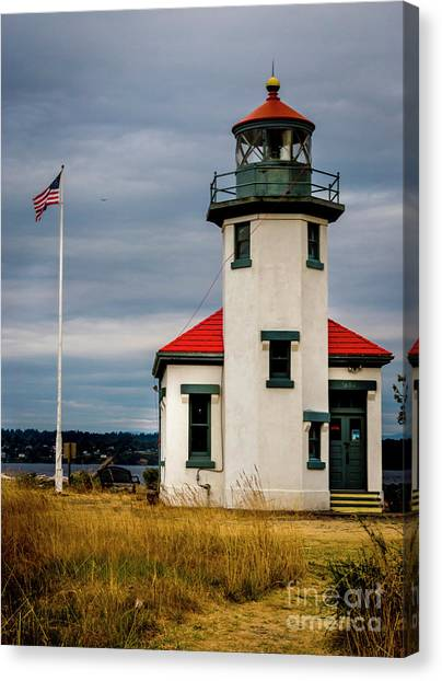 Point Robinson  Lighthouse,vashon Island.wa Canvas Print