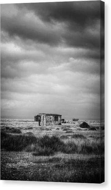 Projekt Desolate The Range  Canvas Print by Stuart Ellesmere