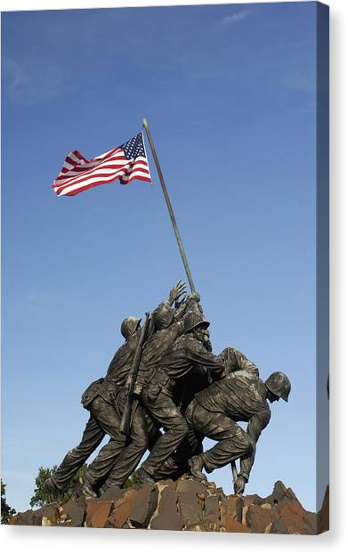 Raising The Flag On Iwo - 799 Canvas Print