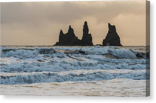 Canvas Print featuring the photograph Reynisdrangar by James Billings