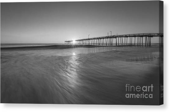 Rise And Shine At Nags Head Pier Canvas Print