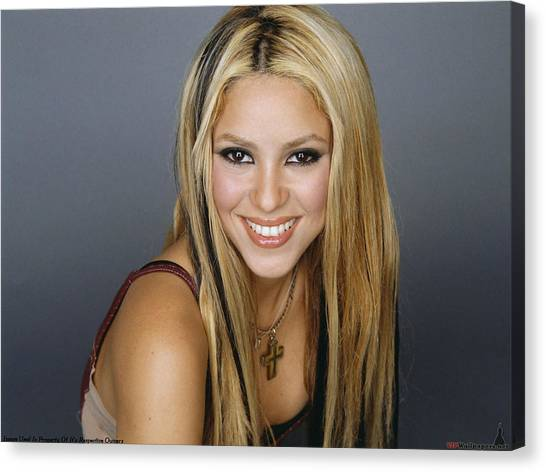 Shakira Canvas Print - Shakira by Super Lovely