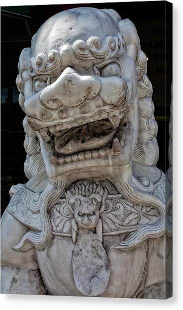Stone Lion Chinatown Nyc Canvas Print by Robert Ullmann