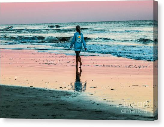Sunset Stroll In The Surf Hilton Head Canvas Print